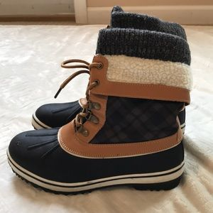 ✨Globalwin Size 9 Winter Boots
